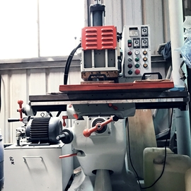 專業半自動操作烙印機